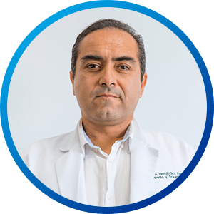 Dr. Erik Hernandez, MD. Traumatology and Orthopedics Specialist at Hospitals CMQ in Puerto Vallarta & Riviera Nayarit
