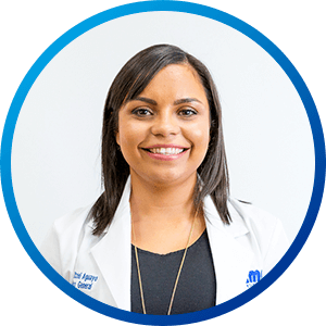 Dra_Itzel_Aguayo, MD. Walk-in clinics and urgent care
