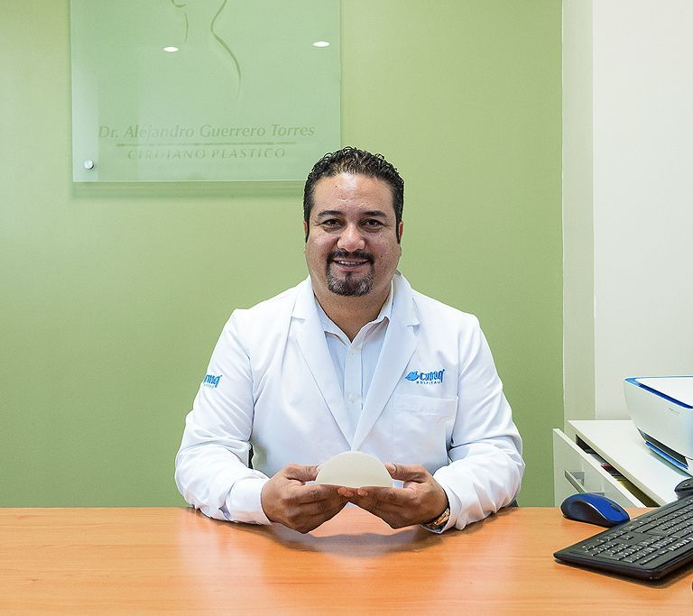 Dr Alejandro Torres, Plastic Surgeon