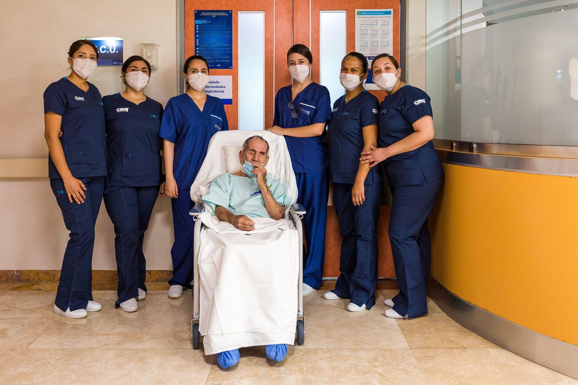 Paciente de coronavirus es atendido en Hospital CMQ Premiere