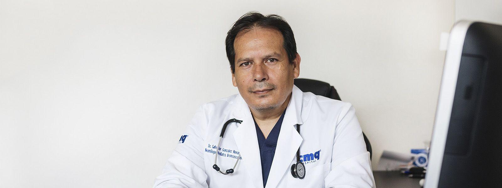 Dr Salvador González